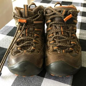 Kids hiking boots - Keen size T10